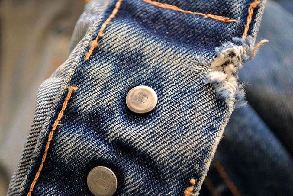 Обратите внимание на маркировку «0», указывающие на подлинность этого изделия с ранних 60-х годов куртки типа III