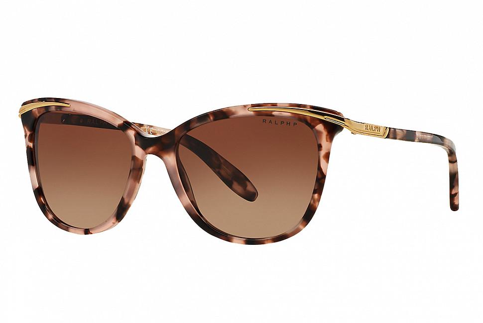 """Солнцезащитные очки """"кошачий глаз"""" от Ralph (Изображение с Sunglass Hut)"""