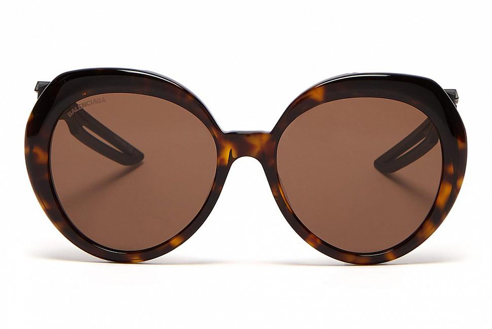Солнцезащитные очки Balenciaga Hybrid Butterfly (изображение с Matches Fashion)