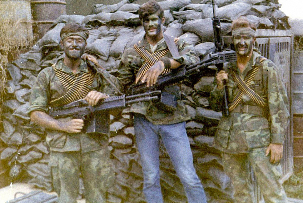 Парни в голубых джинсах - морские котики во Вьетнаме носили Levi's