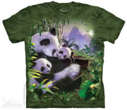 The Mountain T-Shirt Panda Cuddles 105886